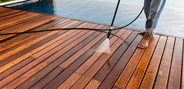 St. Clair County Pressure Wash a Deck or Patio
